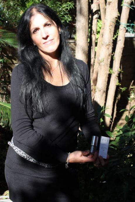 Combattere le rughe: crema EVE Rebirth anti aging