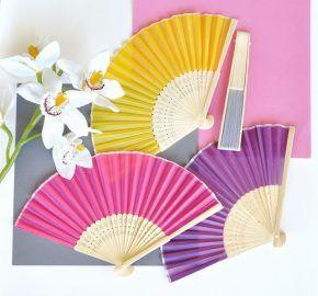 cadeaux invités violet et orange éventail
