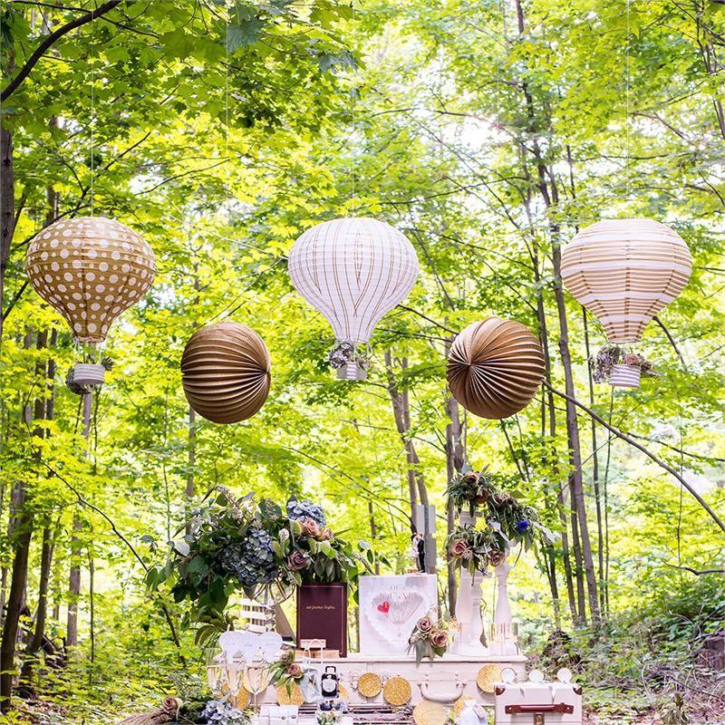 decoration salle lampion montgolfière