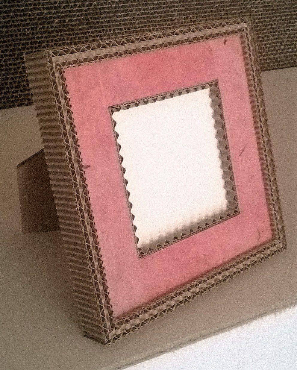 Cadre à poser en carton par Karton de Breizh(r) à Josselin