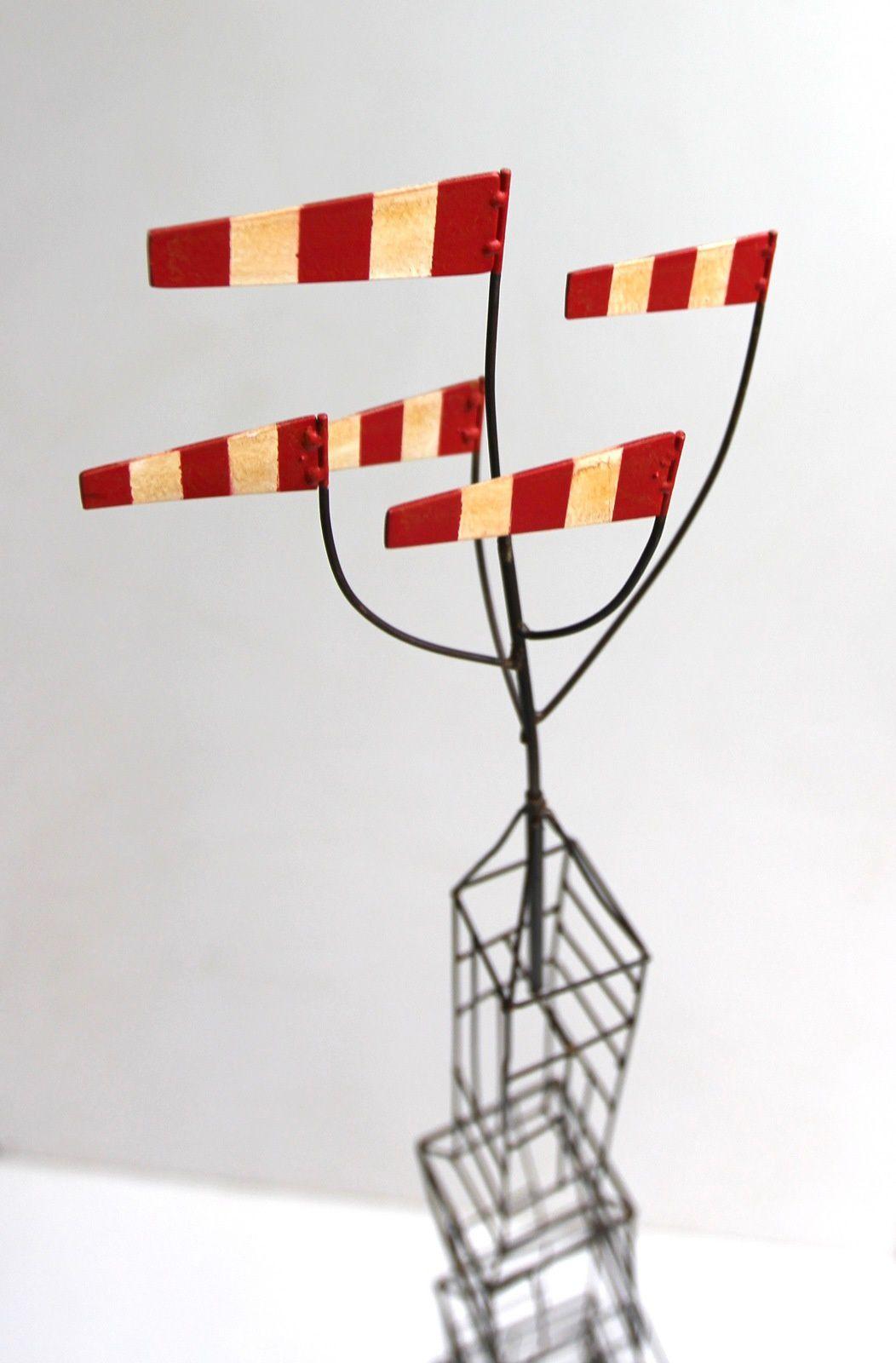 Le doux zéphyr. fil de fer. h : 185 cm.