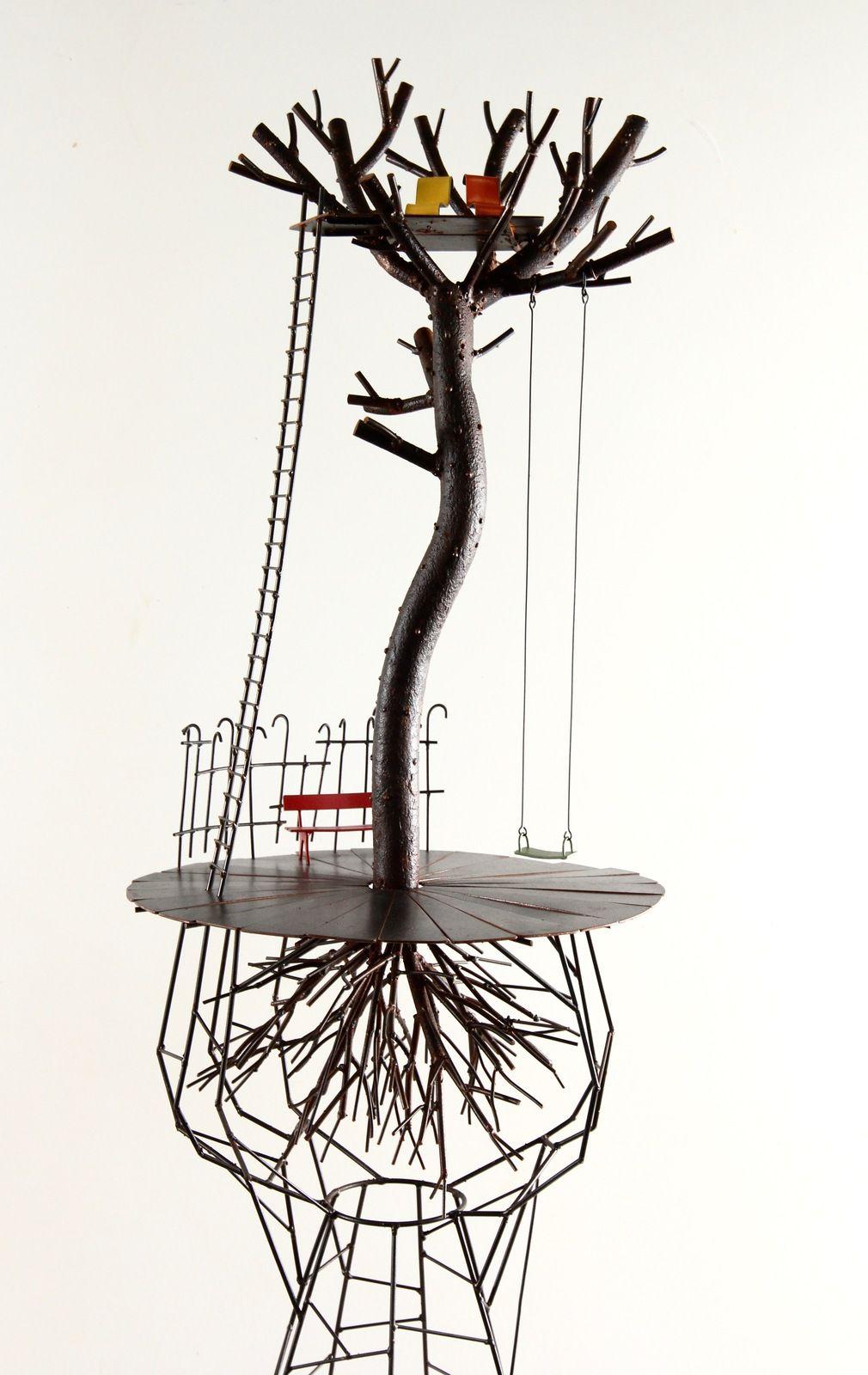 L'échappée XIX, h: 77 cm - L'amour, h: 74 cm - Le nid, h: 143 cm