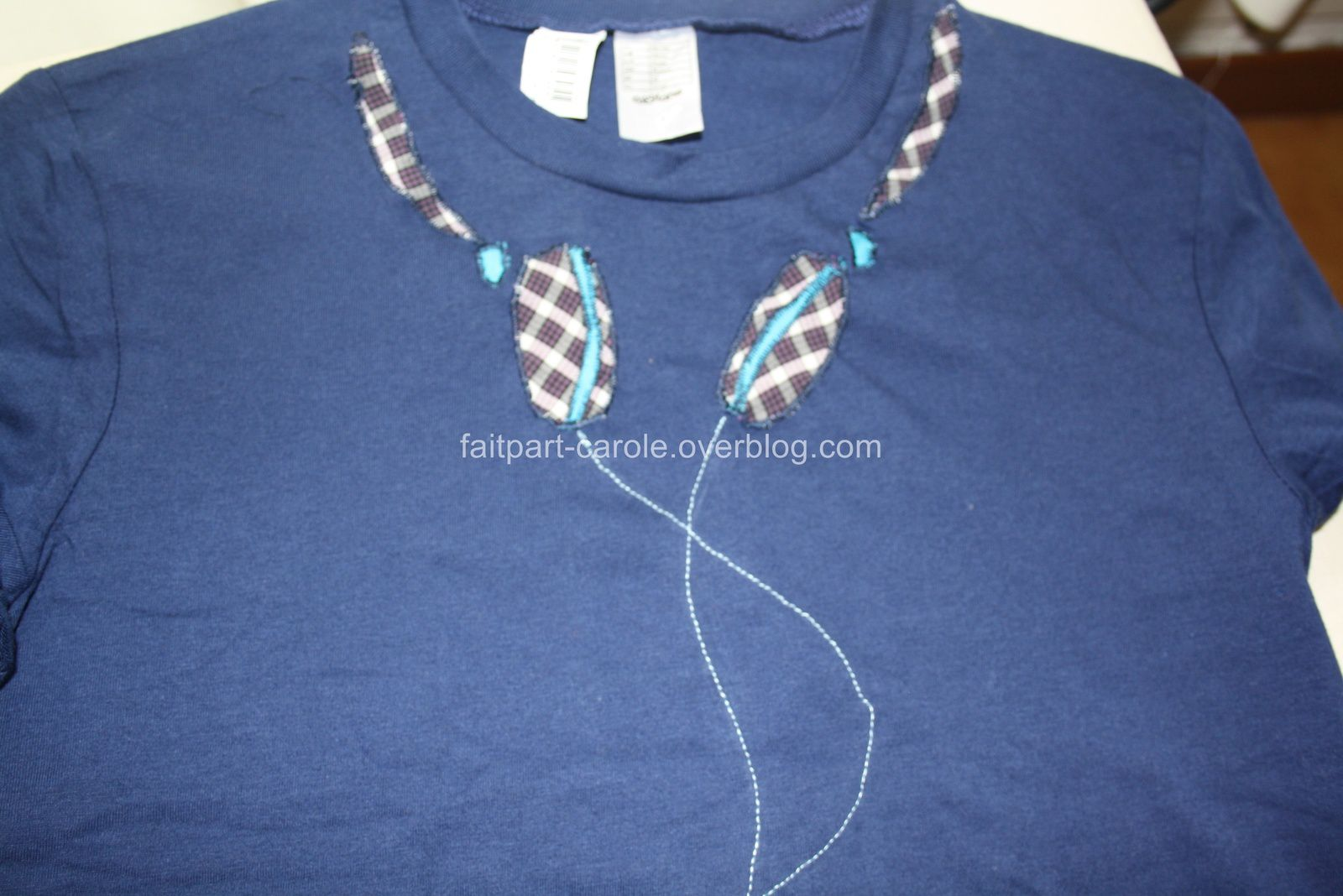 et tee-shirt écouteur pour un garçon qui doit aimer la musique autant que ma bricole numéro 1