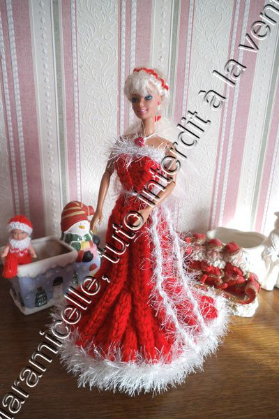tuto gratuit barbie: barbie en mère Noël et  petit bébé NOËL