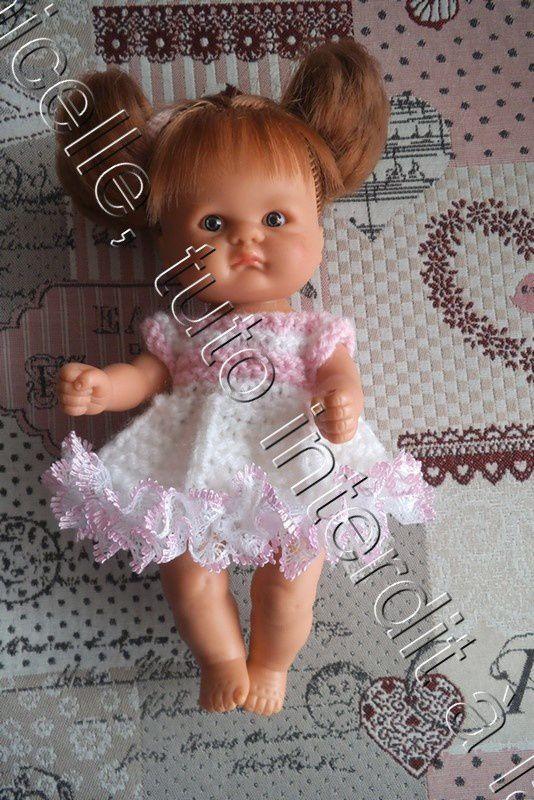 tuto gratuit poupée: robe blanche et rose pour le printemps