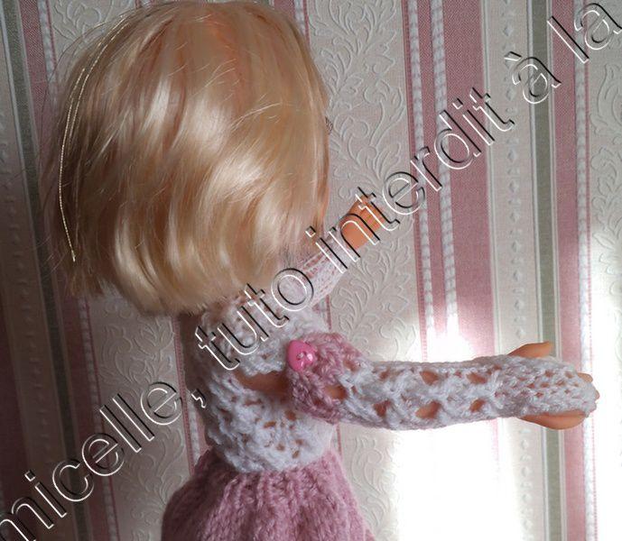 tuto gratuit poupée: mitaines  boutonnées ou manches amovibles