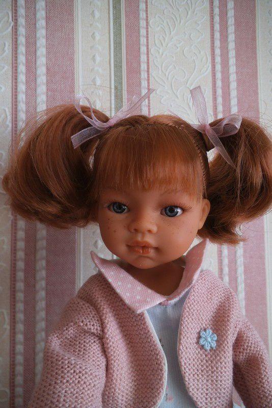 ma nouvelle poupée ; et Didy joue au carton