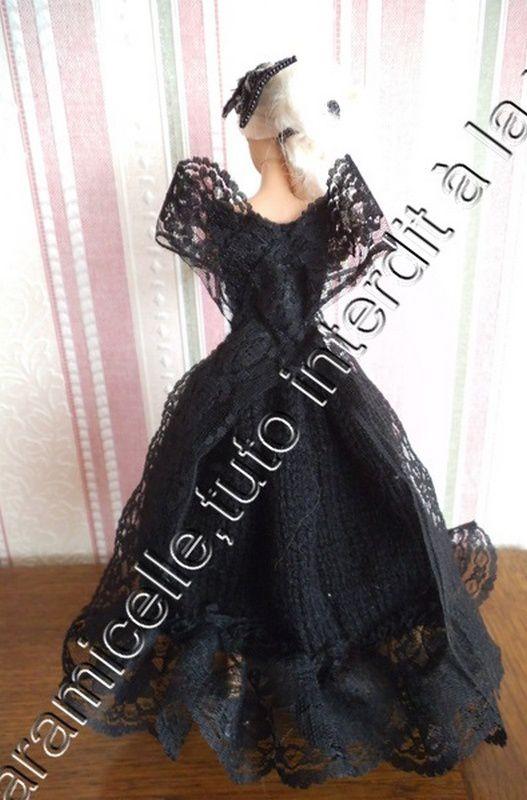 le dos de la robe , tricot puis avec la dentelle
