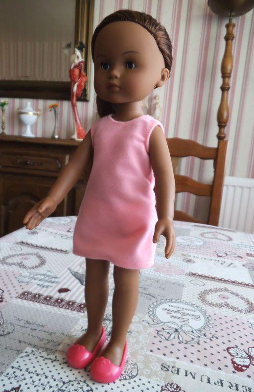 avancée du pull de Victoria et nouvelle poupée