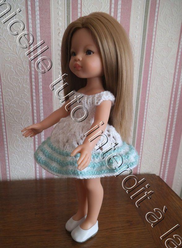 tuto gratuit poupée : robe estivale à petits trous