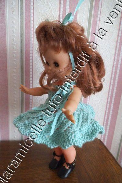 tuto gratuit poupée : robe ajourée au ruban