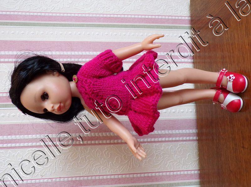 tuto gratuit  poupée  : robe asymétrique