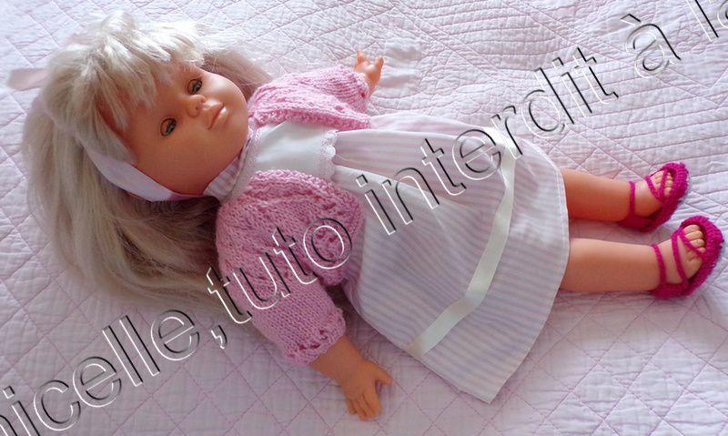 tuto gratuit poupée : petite veste à trou- trous