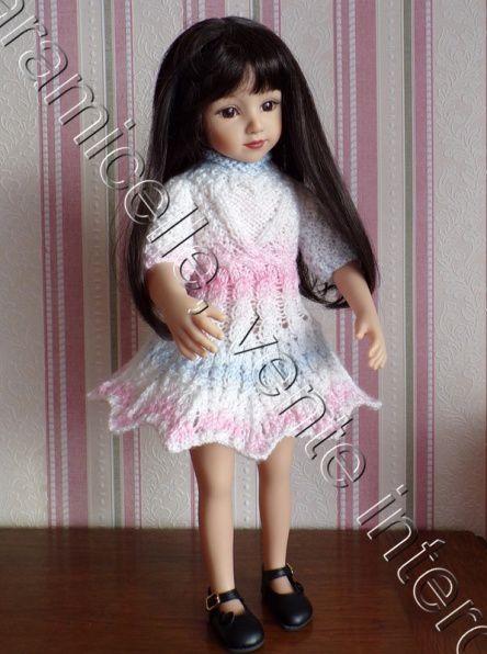 tuto gratuit poupée : robe  forme éventail et col roulotté