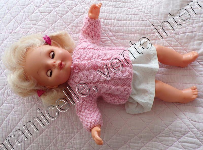 tuto gratuit poupée  : veste  longue  tresses et  point de blé