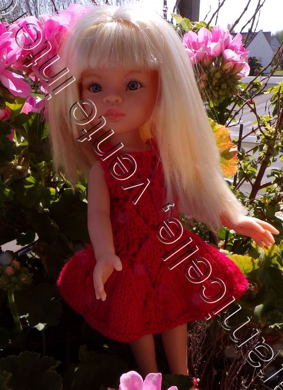 tuto gratuit poupée  : robe estivale ajourée et à bretelles