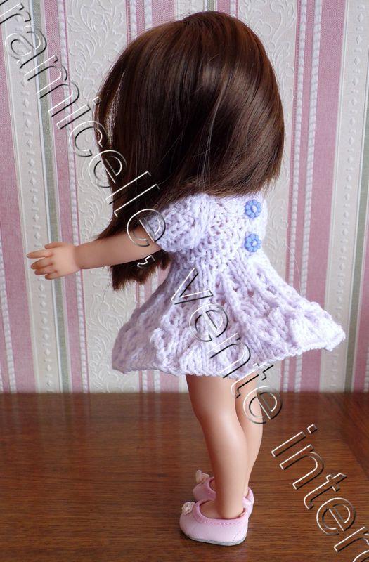 tuto gratuit poupée  : robe ajourée aux vols d'hirondelles