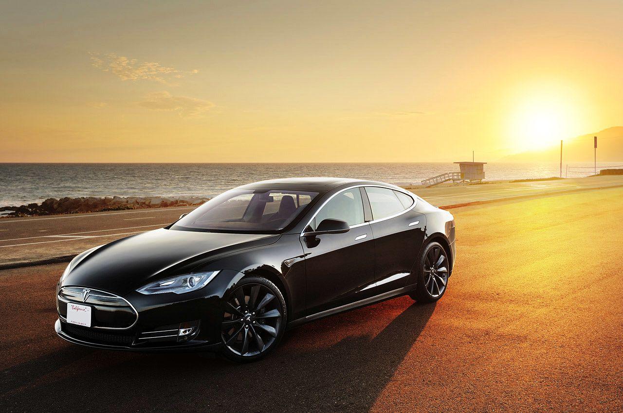Tesla Model S, bientôt la voiture la plus rapide du monde!