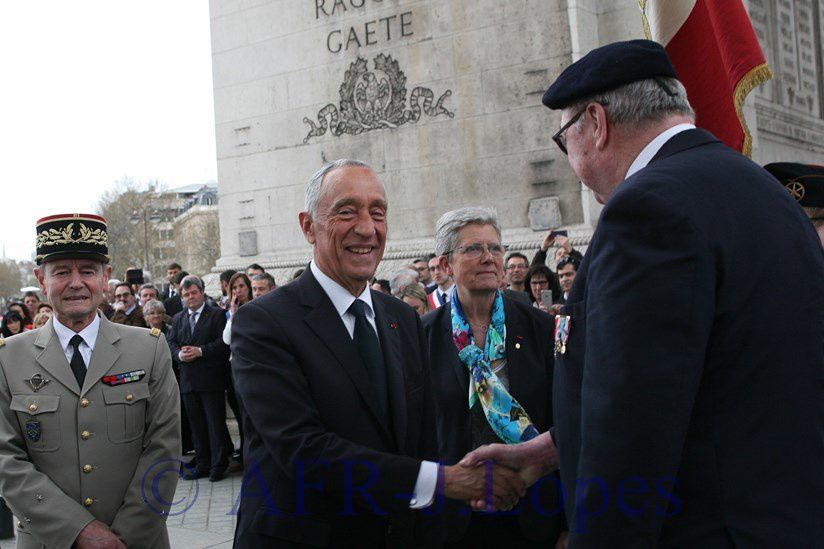 Cerimónias comemorativas do centenario da batalha de La Lys. Arco do Triunfo em Paris.