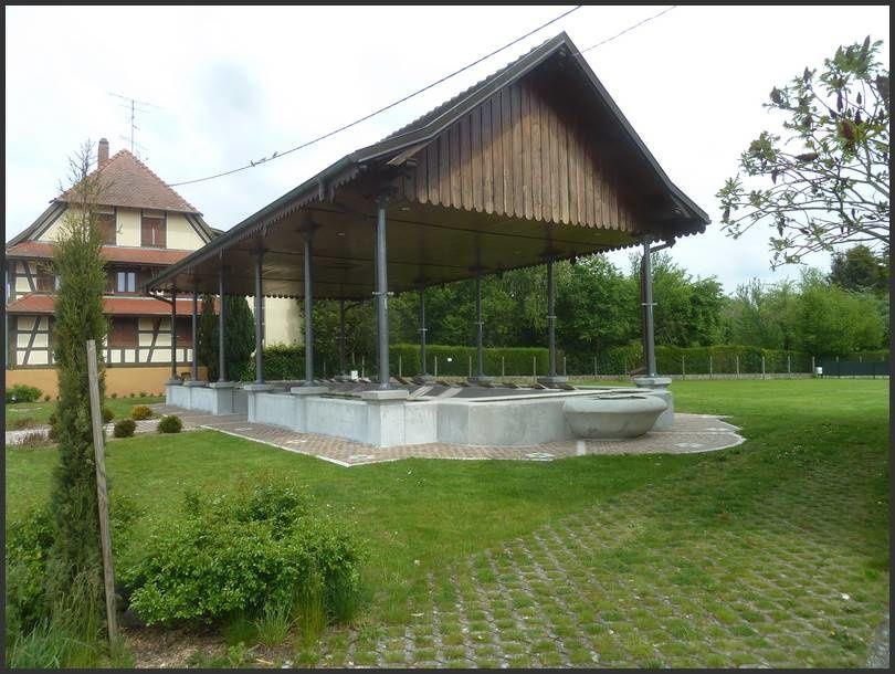 Curiosité à découvrir : Le lavoir couvert XIXe à Balschwiller (68)