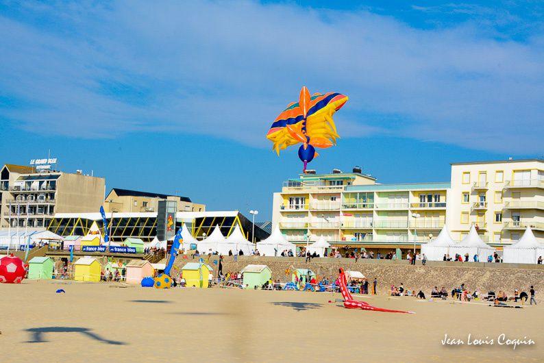 Cerfs volants 29e rencontres internationales de   BERCK sur MER 2015