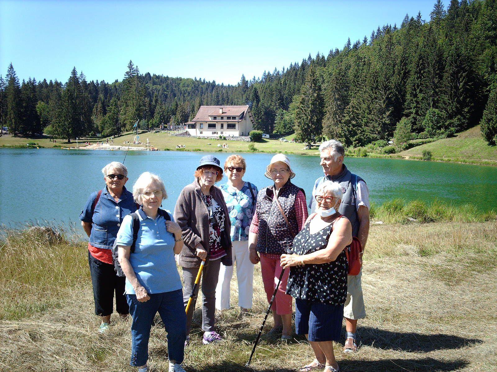 Deux sorties au lac GENIN avec des personnes âgées de Bourg en Bresse. Que du bonheur !!