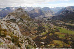 Tarascon-sur- Ariège vue du Calamès (1002m)