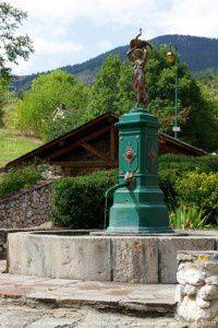 Fontaine (XIXème siècle) - Prades (1240m)