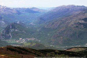 Vallée de Saurat vue du pic de la Lauzate (1800m)
