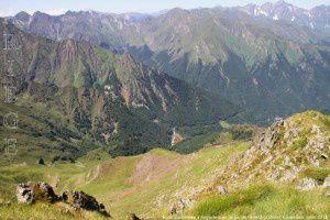 Anciennes mines d'Anglade vue du pic de l'Arrech (2350m)