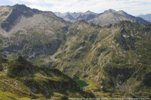 Etang du Garbet vu du pic des Fouziès (2280m)