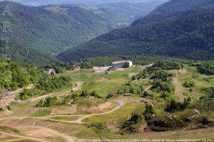 Station des Monts d'Olmes vue du col de Cadène (1595m)