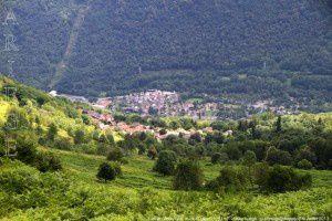Aston - Larcat vus du col Dolent (1161m)
