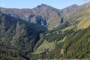 Vallée de l'Isard vue du col de Léat (1511m)