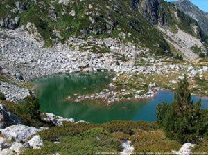 Deuxième étang de Madides (2174m)