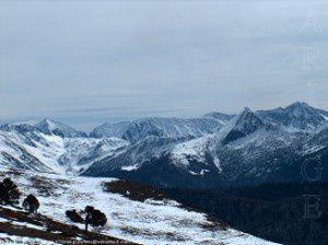 Dent d'Orlu (ou pic de Brasseil - 2222m) et réserve d'Orlu depuis le col de Balaguès (1669m)