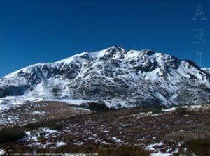 Pic de Soularac (2368m) depuis le col de la Peyre (1712m)