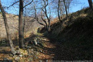 Chemin du col d'Ijou (902m)