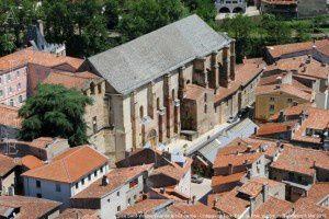 Eglise Saint-Volusien vue de la tour carrée - Château de Foix
