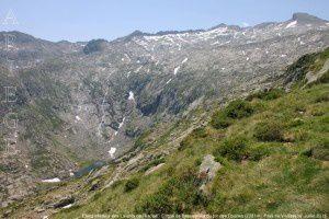 Etang inférieur des Lavants de l'Escale - Cirque de Bassies vus du pic des Fouzies (2281m)