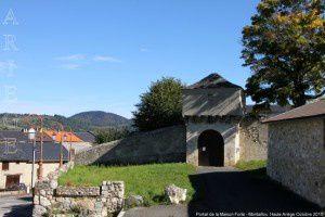 Portail de la Maison Forte - Montaillou