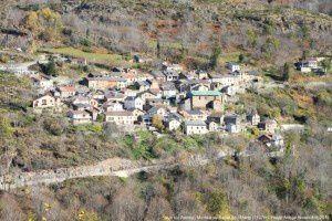 Vue sur Ascou - Montée au Sarrat de l'Etang (1127m)