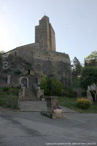 Eglise semi-rupestre de Vals