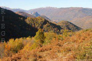 Boucle de Cazenave - Vue sur les monts de l'Arize