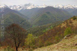 Vue sur la vallée du Lez - Montée au Mail Blanc (1287m)