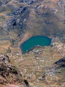 Etang de Roumazet du pic de la Rouge (2902m)