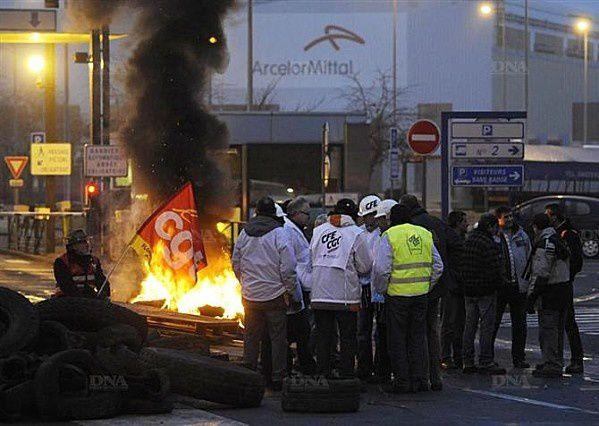 Le mensonge des UMPistes à la sidérurgie ; 150 millions d'euros d'un projet dont Hollande a assuré la promotion.