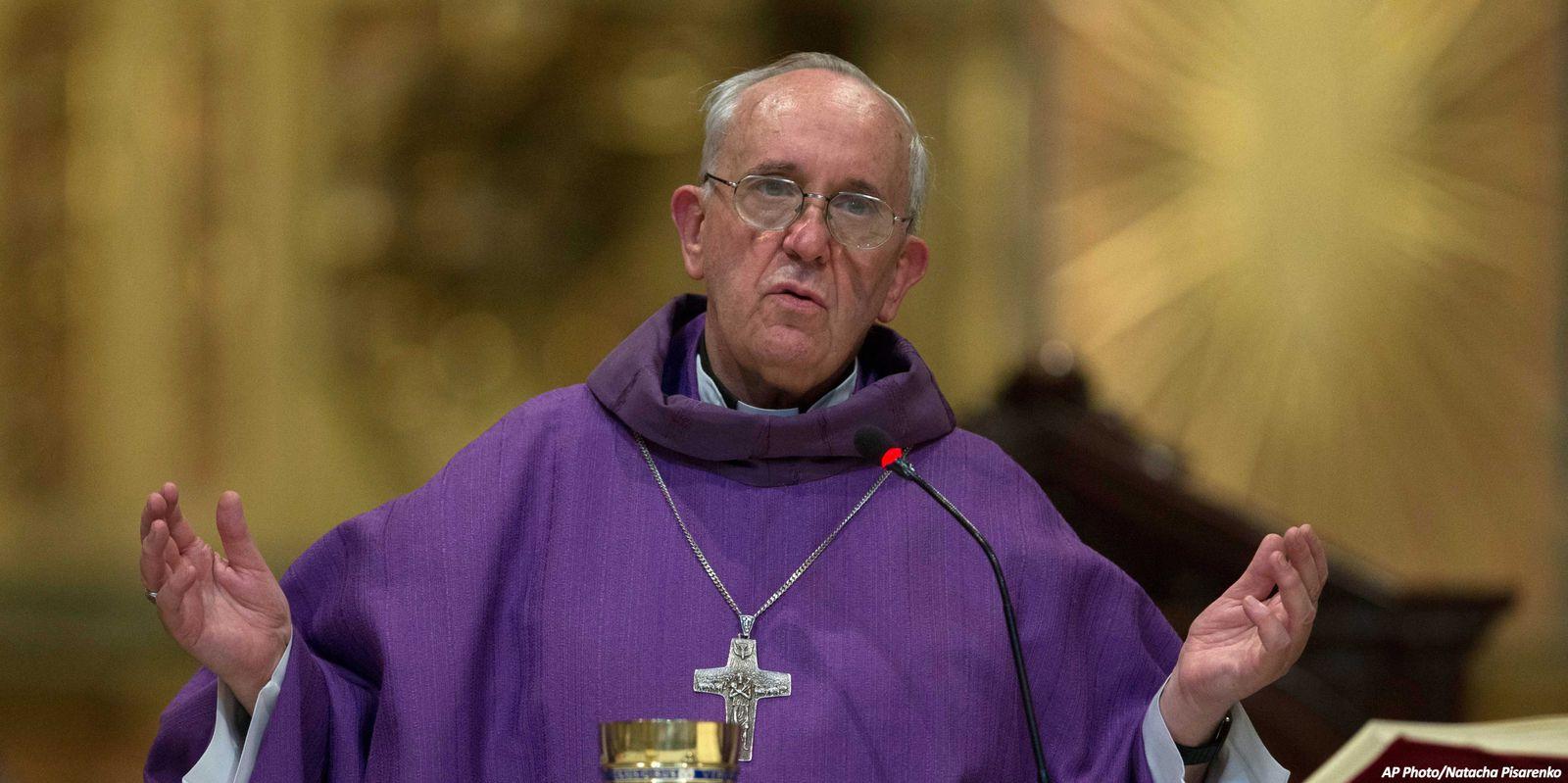 Jorge Mario Bergoglio est élu pape