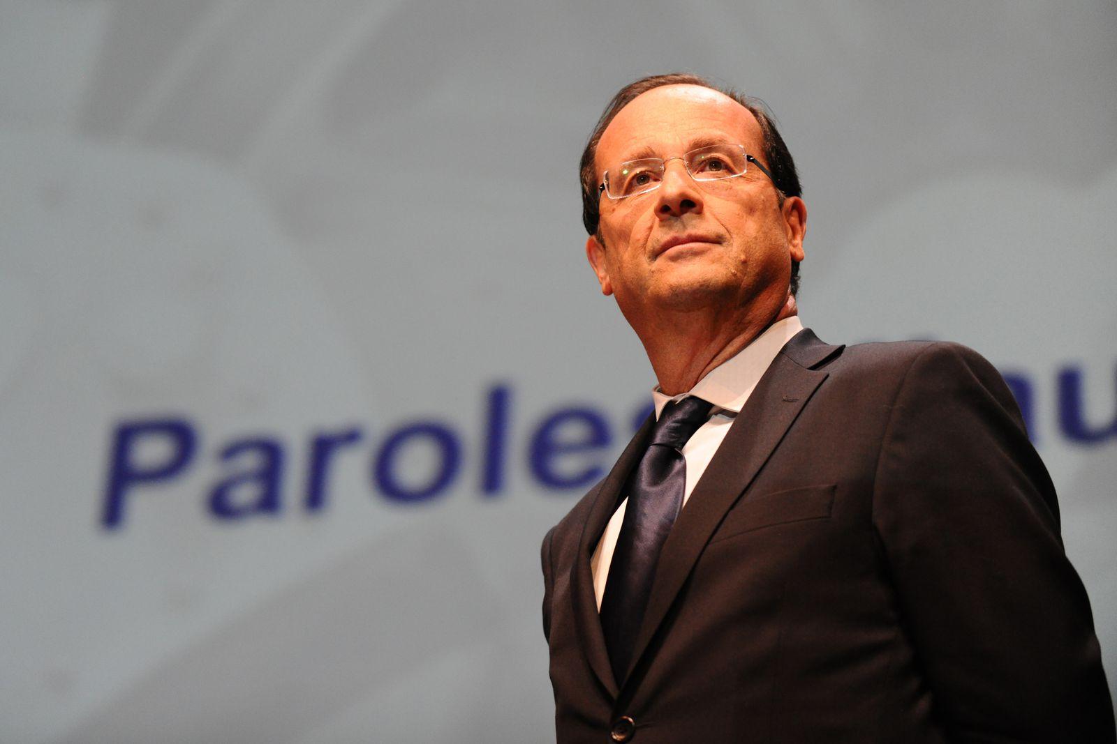 """François Hollande : """"l'offensive !"""""""