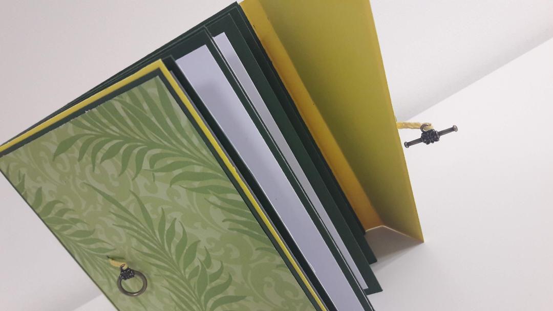 Carte format petit livre